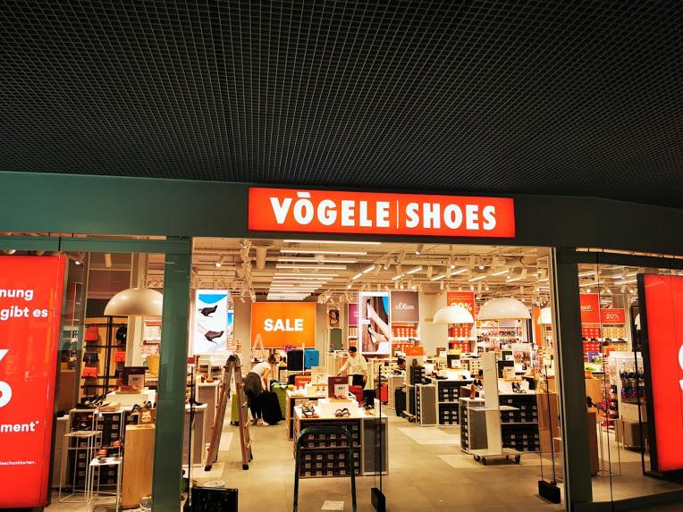Visual merchandising. Stojaki, standy i inne materiały reklamowe